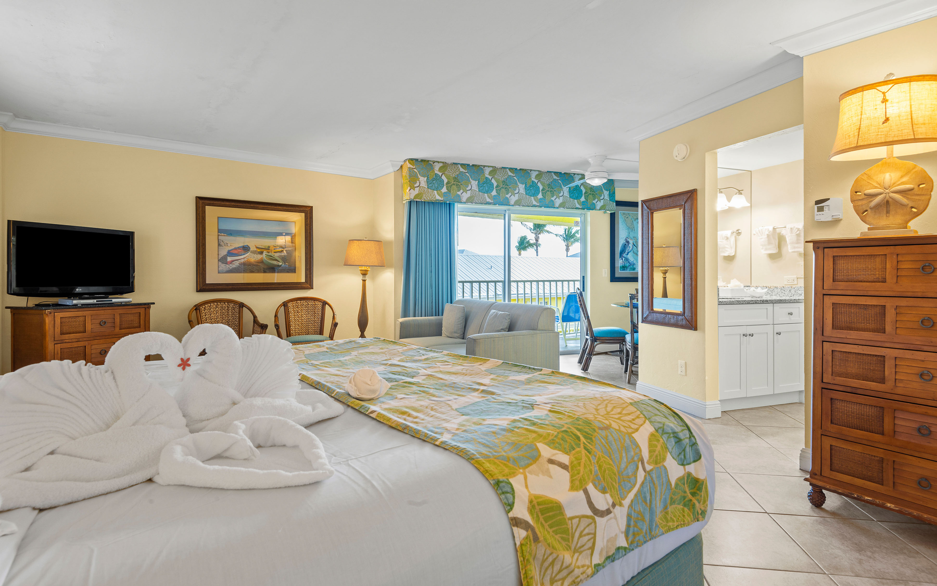 Island View Guest Room At Sandpiper Gulf Resort