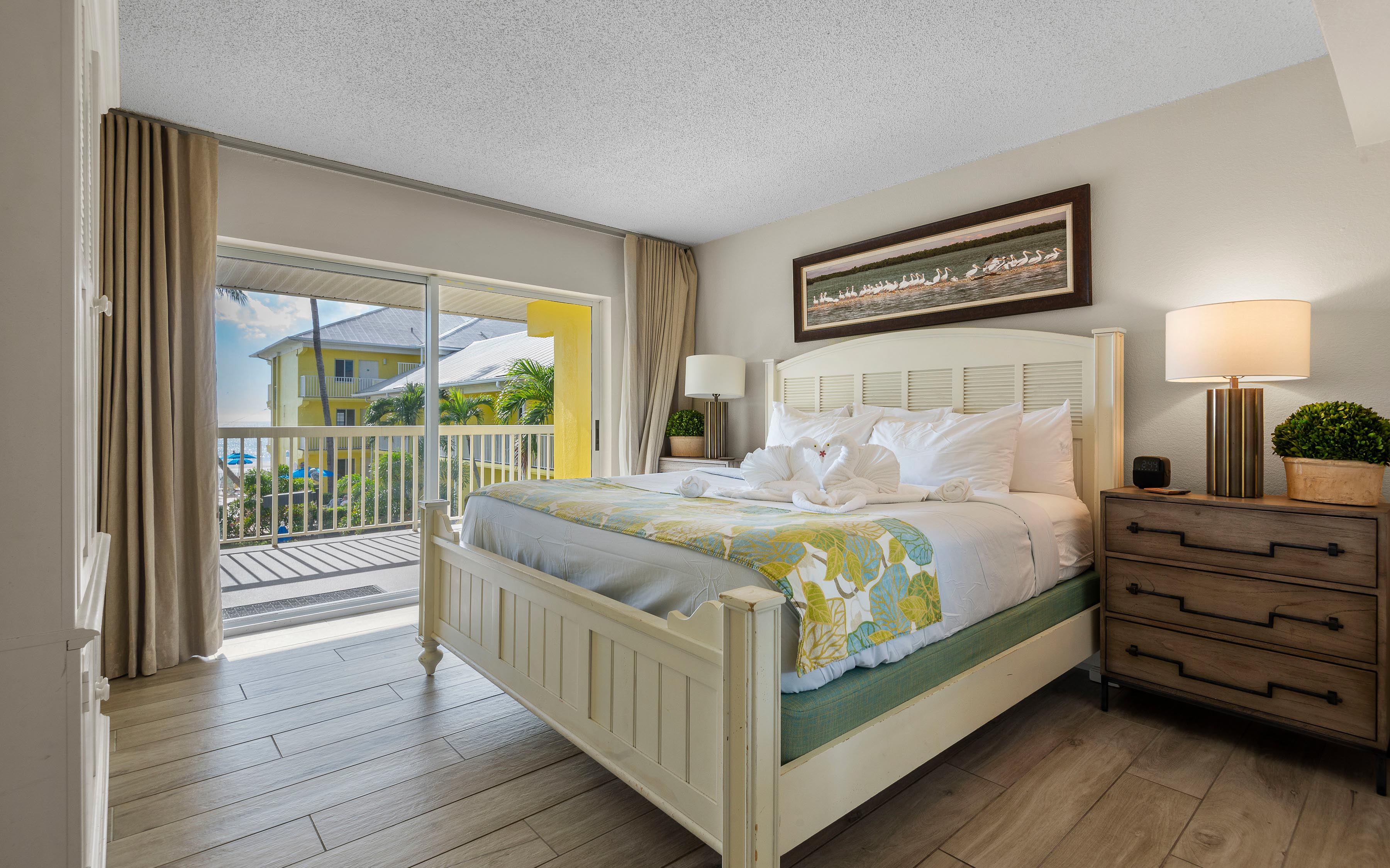 Penthouse Bedroom At Sandpiper Gulf Resort