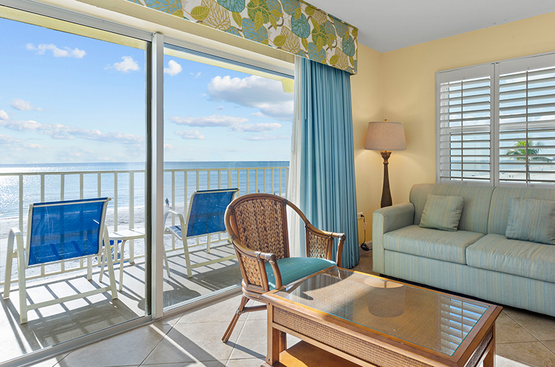 Beachfront rooms in Fort Myers Beach