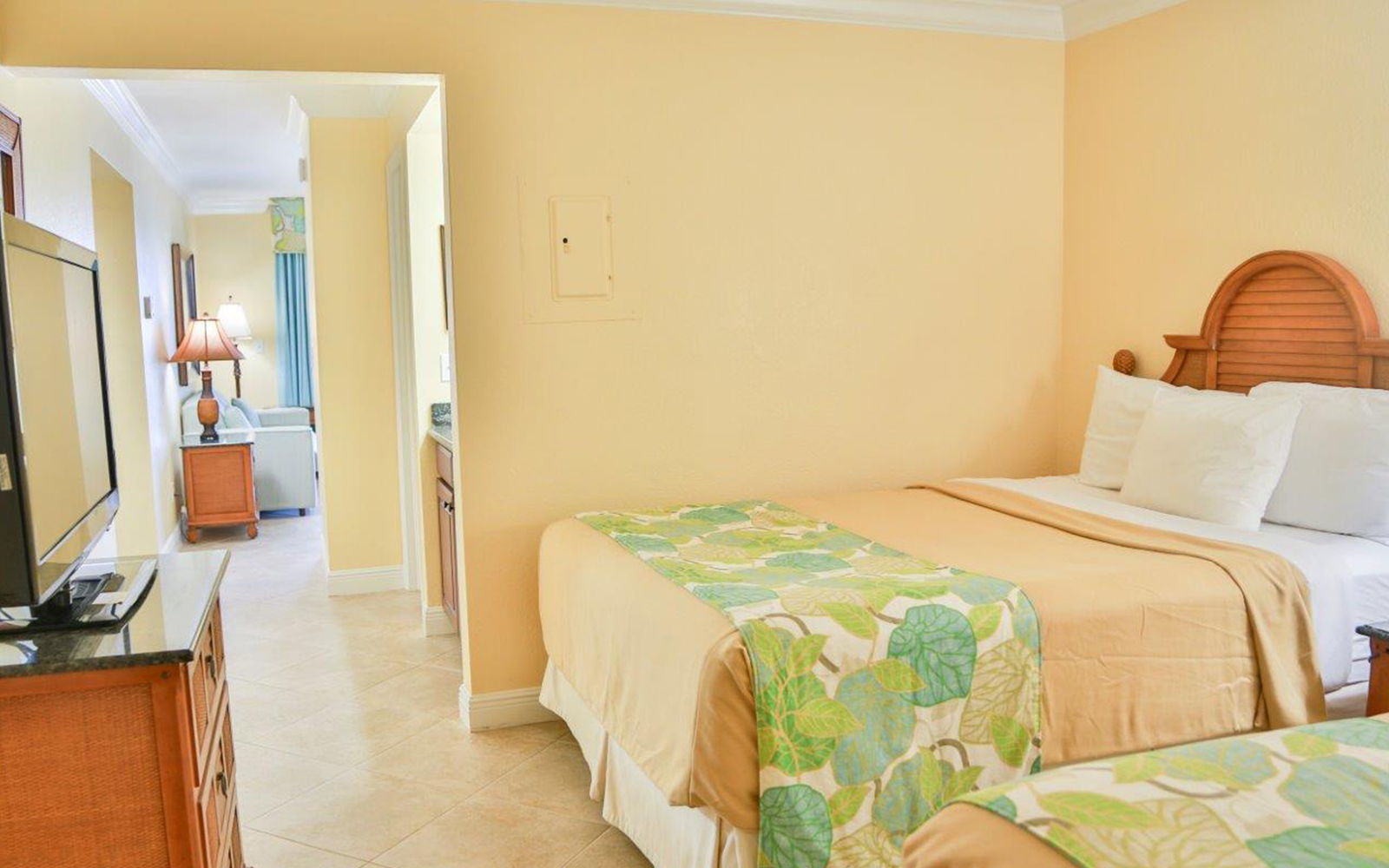 Gulf-front guest rooms and suites in Fort Myers Beach, FL